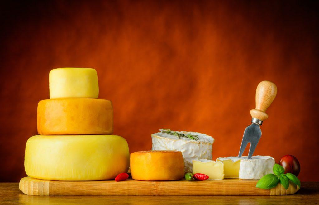 Cheese, Camambert and Cheese-Wheel